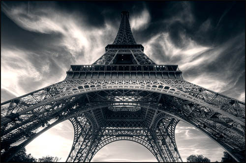 Beginner's Guide to Architectural Photography -  Eiffel