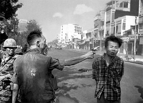 Iconic Photograph - Nguyen Ngoc Loan executing Nguyen Van Lem
