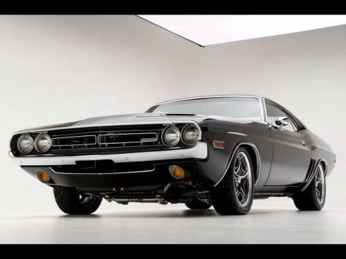 Automotive Photography Tips and Trick &#8211; 1971 Dodge Challenger RT Muscle Car