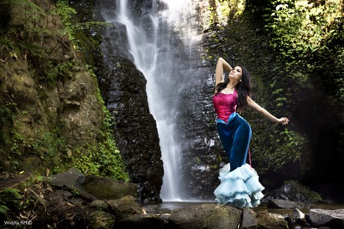 Waterfall Dancer by widjita