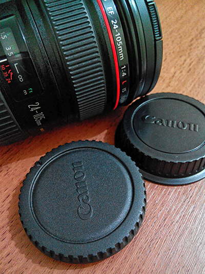 Tips to keep the lens rear cap and the body cap