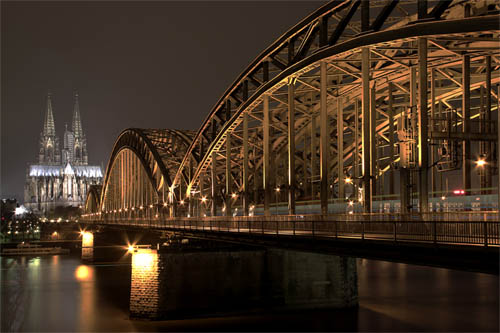 Beginner's Guide to Architectural Photography - Night Shot