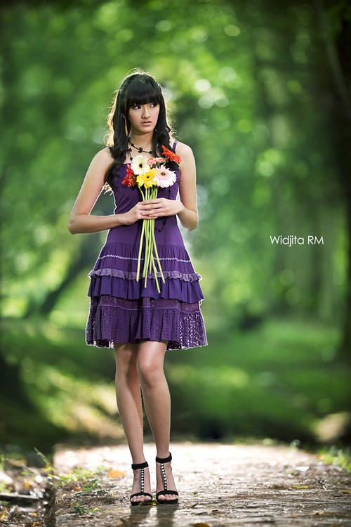 Looking for LOVE by widjita