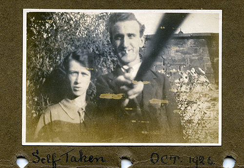 The Evidence That Selfie Stick Was Already Used Since 1926